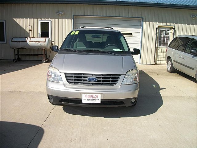 FORD FREESTAR silver