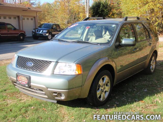 FORD FREESTYLE green