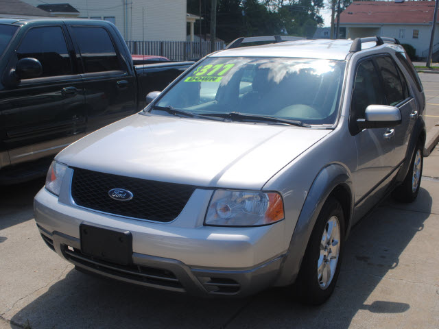 FORD FREESTYLE silver