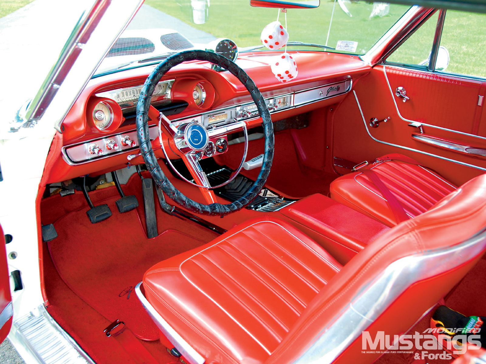 FORD GALAXIE 500 interior