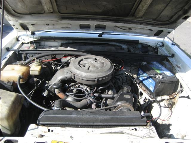 FORD GRANADA 2.8 engine
