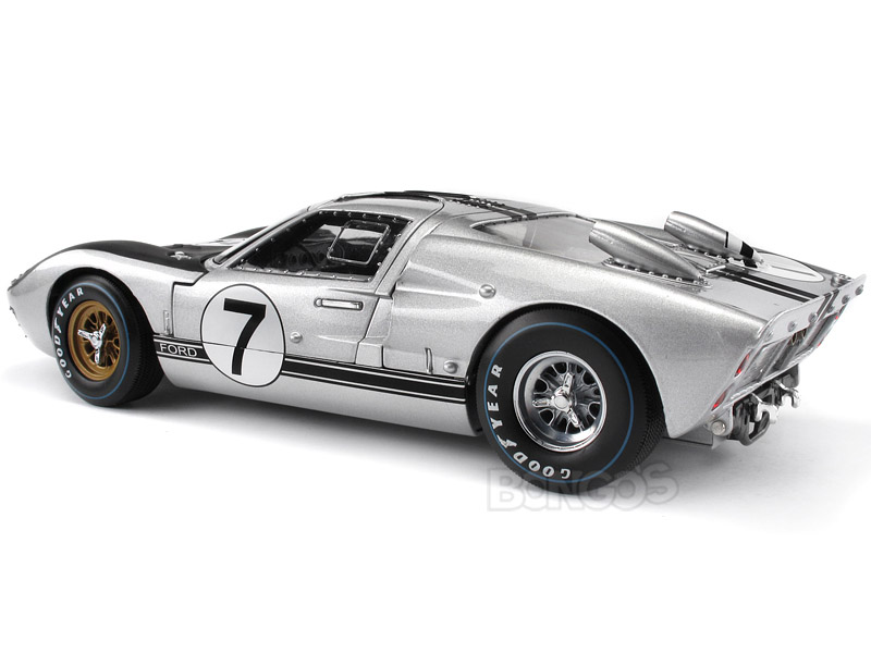 FORD GT 40 silver