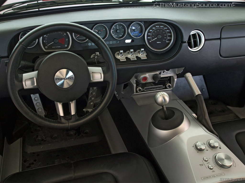 FORD GT 5.4 interior