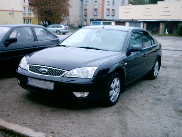 FORD MONDEO black