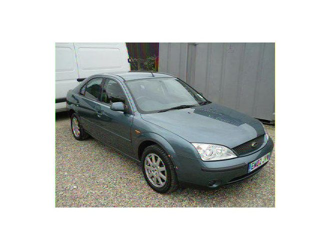 FORD MONDEO green