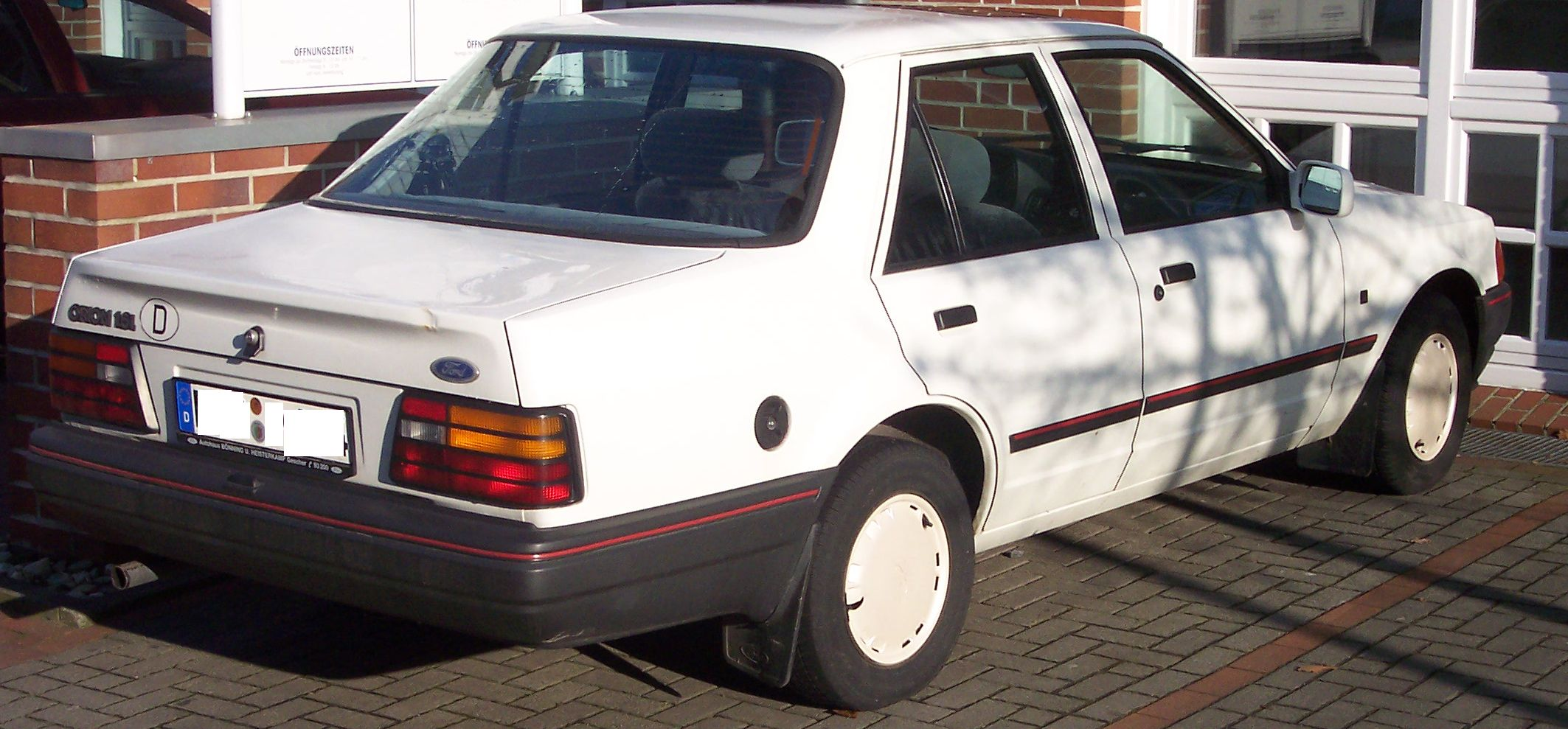 FORD ORION white