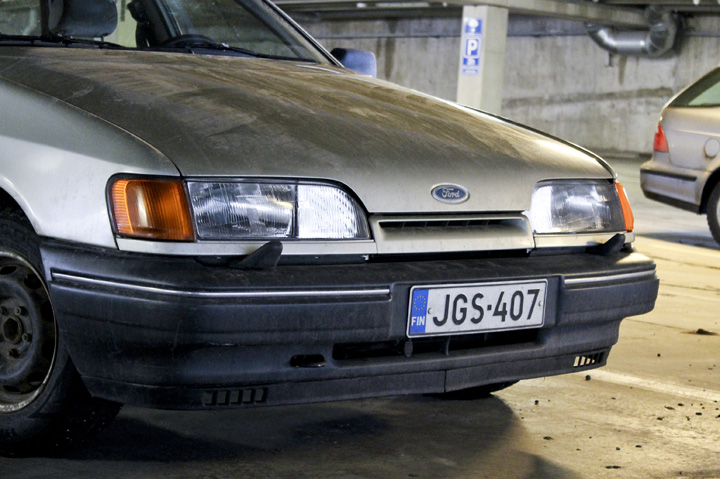 FORD SCORPIO brown