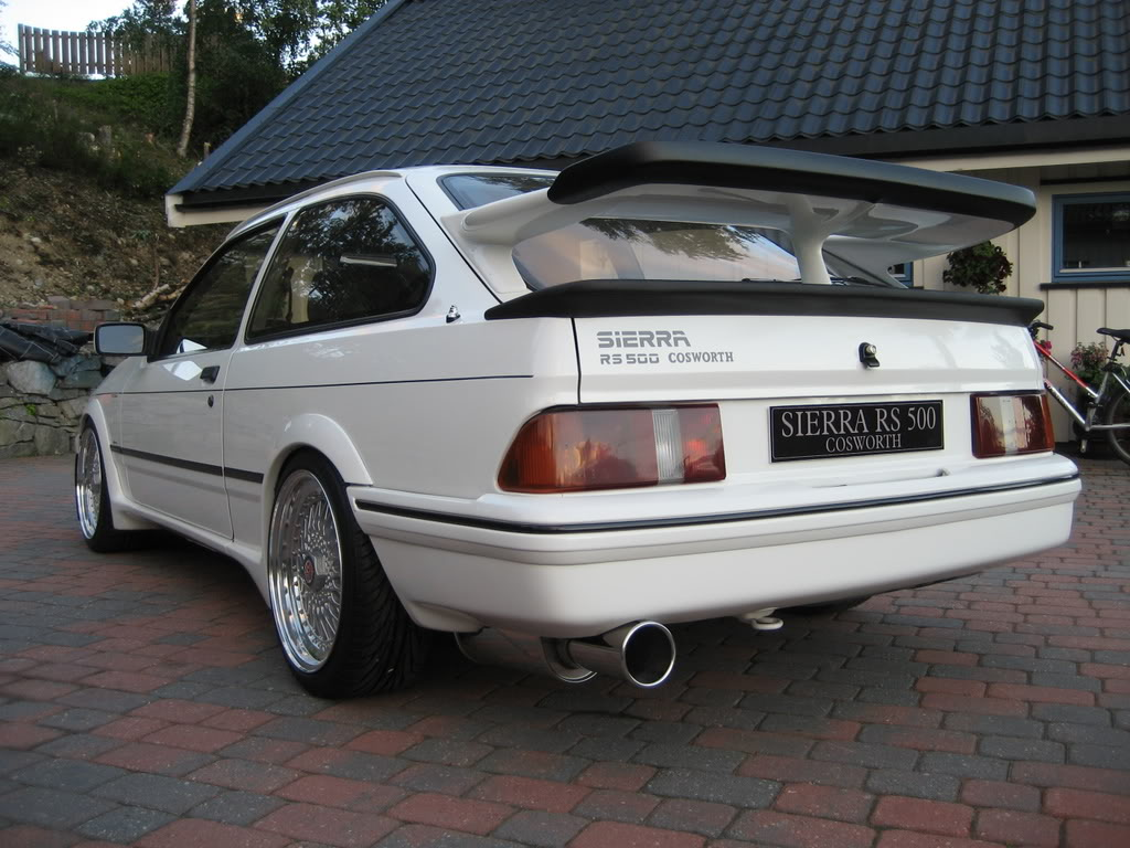 FORD SIERRA white