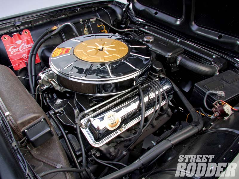 FORD THUNDERBIRD CAR engine