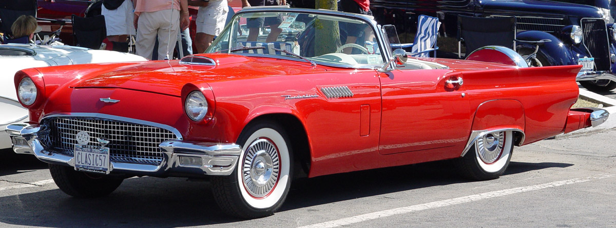 FORD THUNDERBIRD red