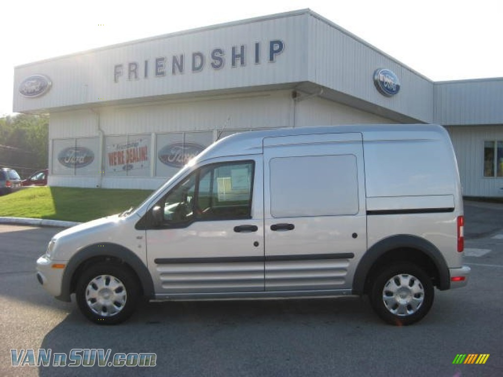 FORD TRANSIT CONNECT silver