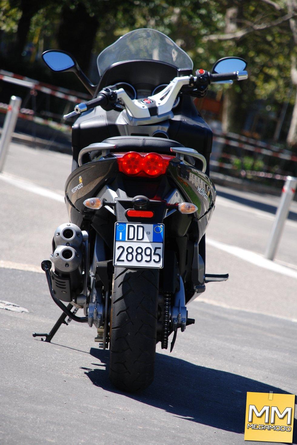 GILERA GP800