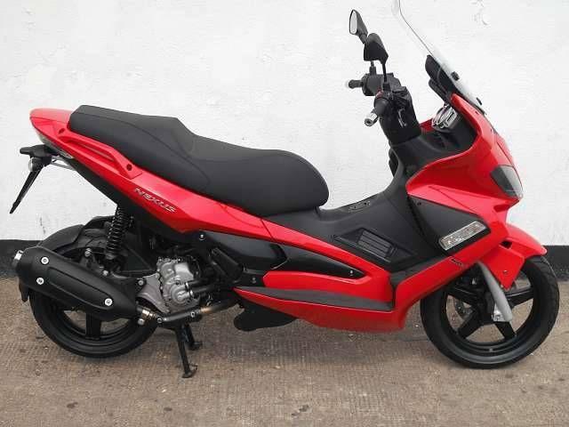 GILERA NEXUS red
