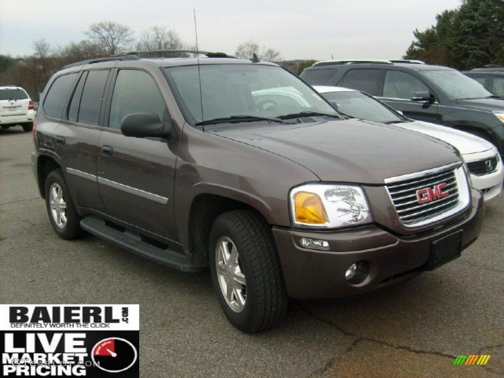GMC ENVOY brown