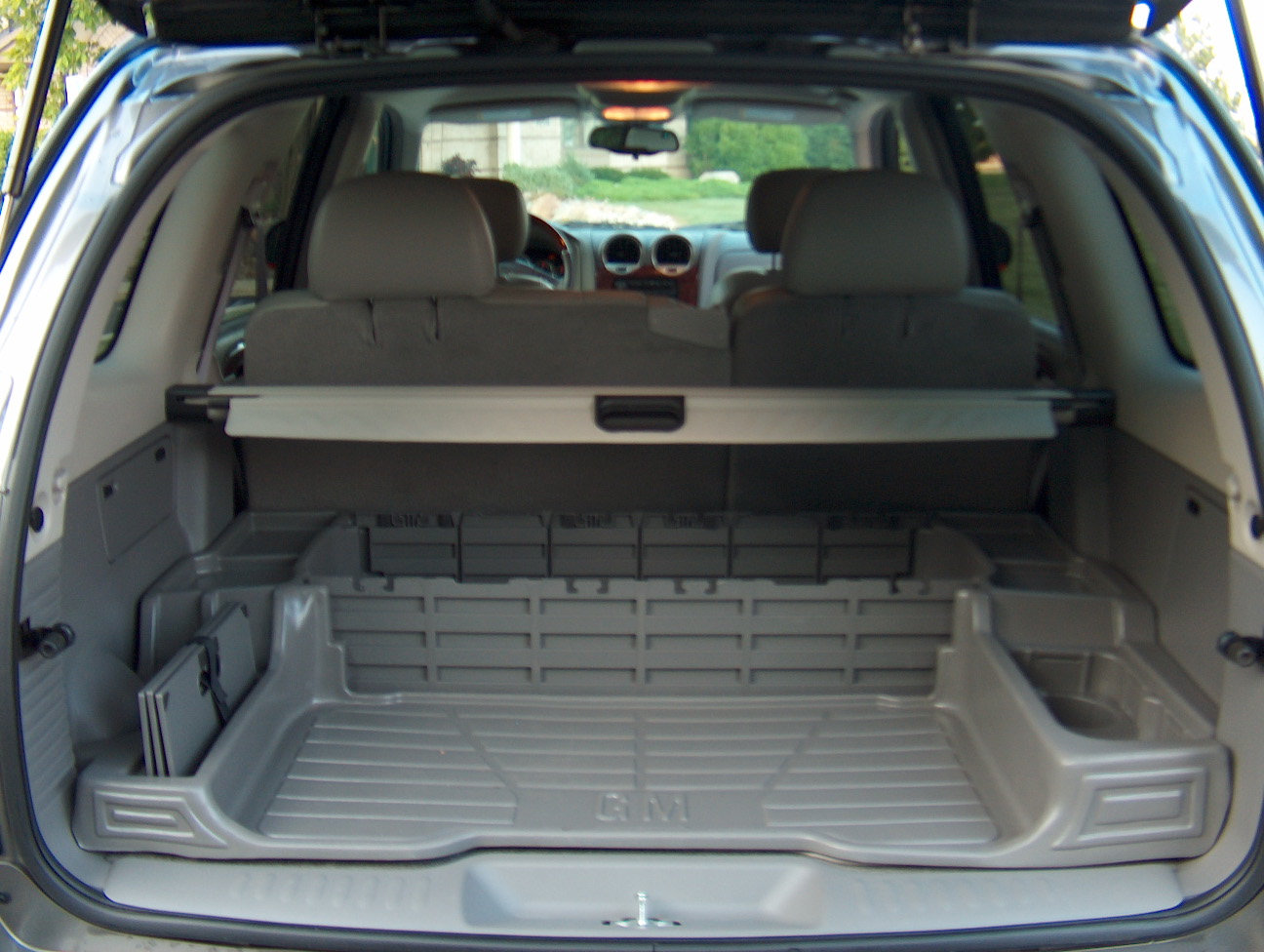 GMC ENVOY - Review and photos