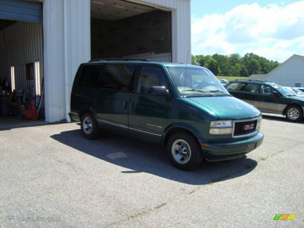 GMC SAFARI VAN green