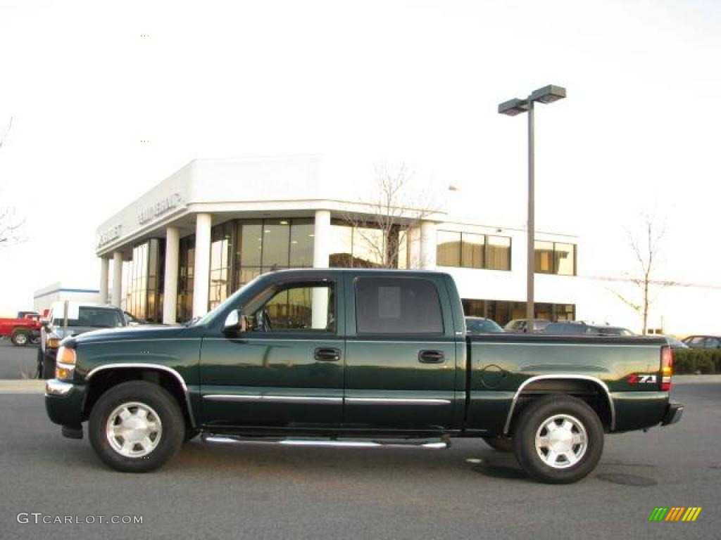 GMC SIERRA 1500 green