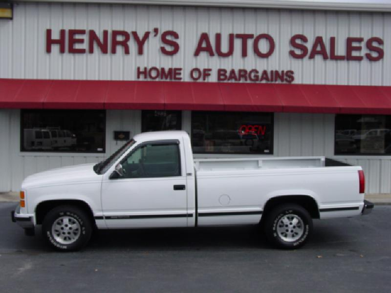 GMC SIERRA 1500 white