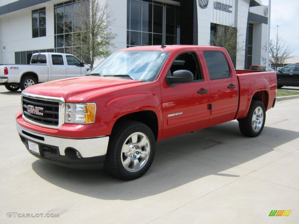 GMC SIERRA red