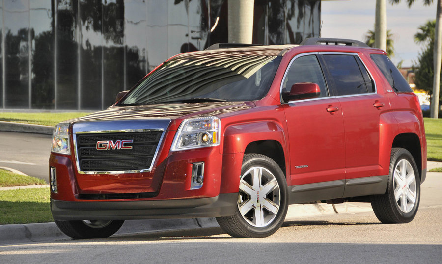 GMC TERRAIN red