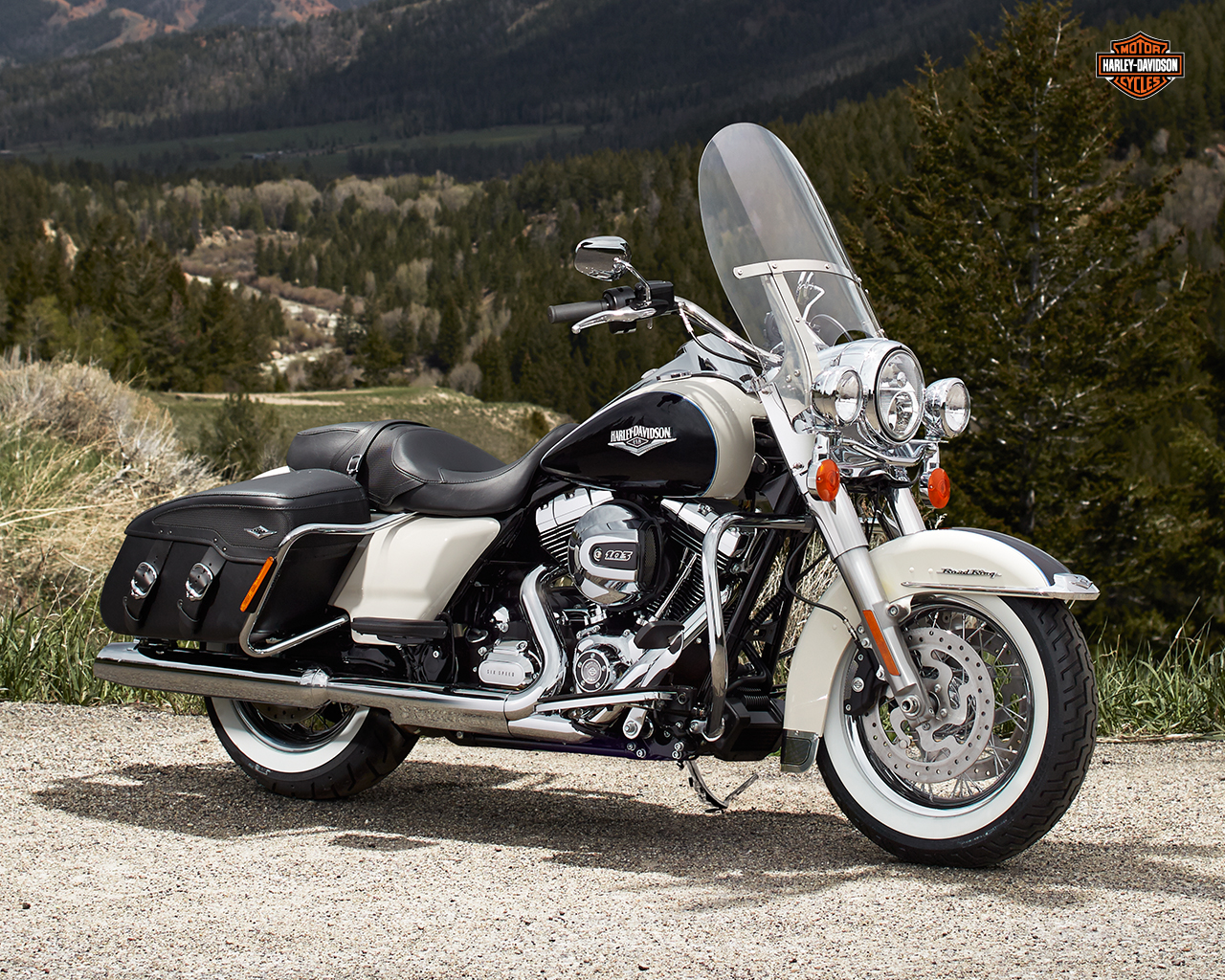harley-davidson wallpaper (harley-davidson Touring Road King Classic)