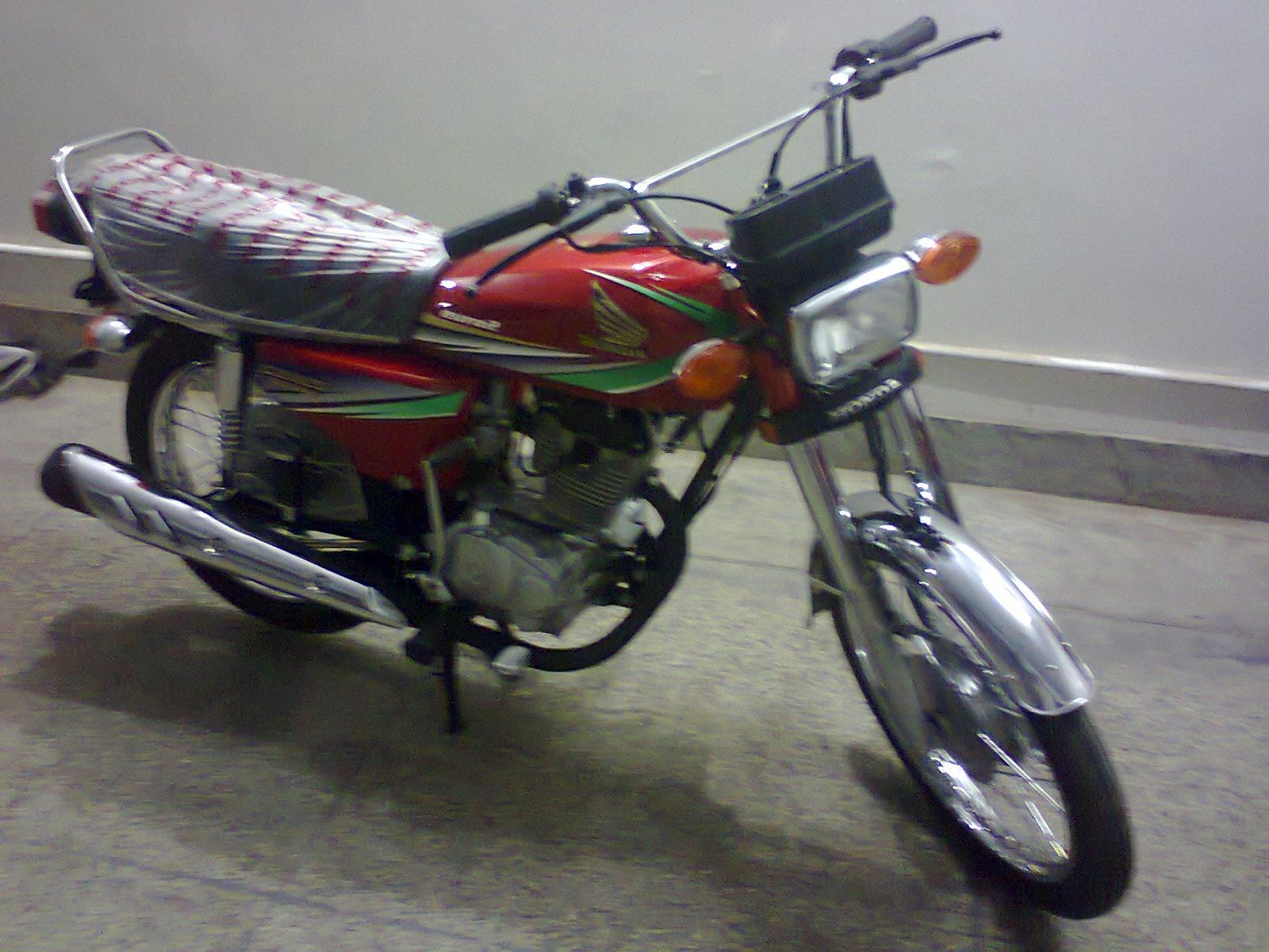 HONDA 125 CG green