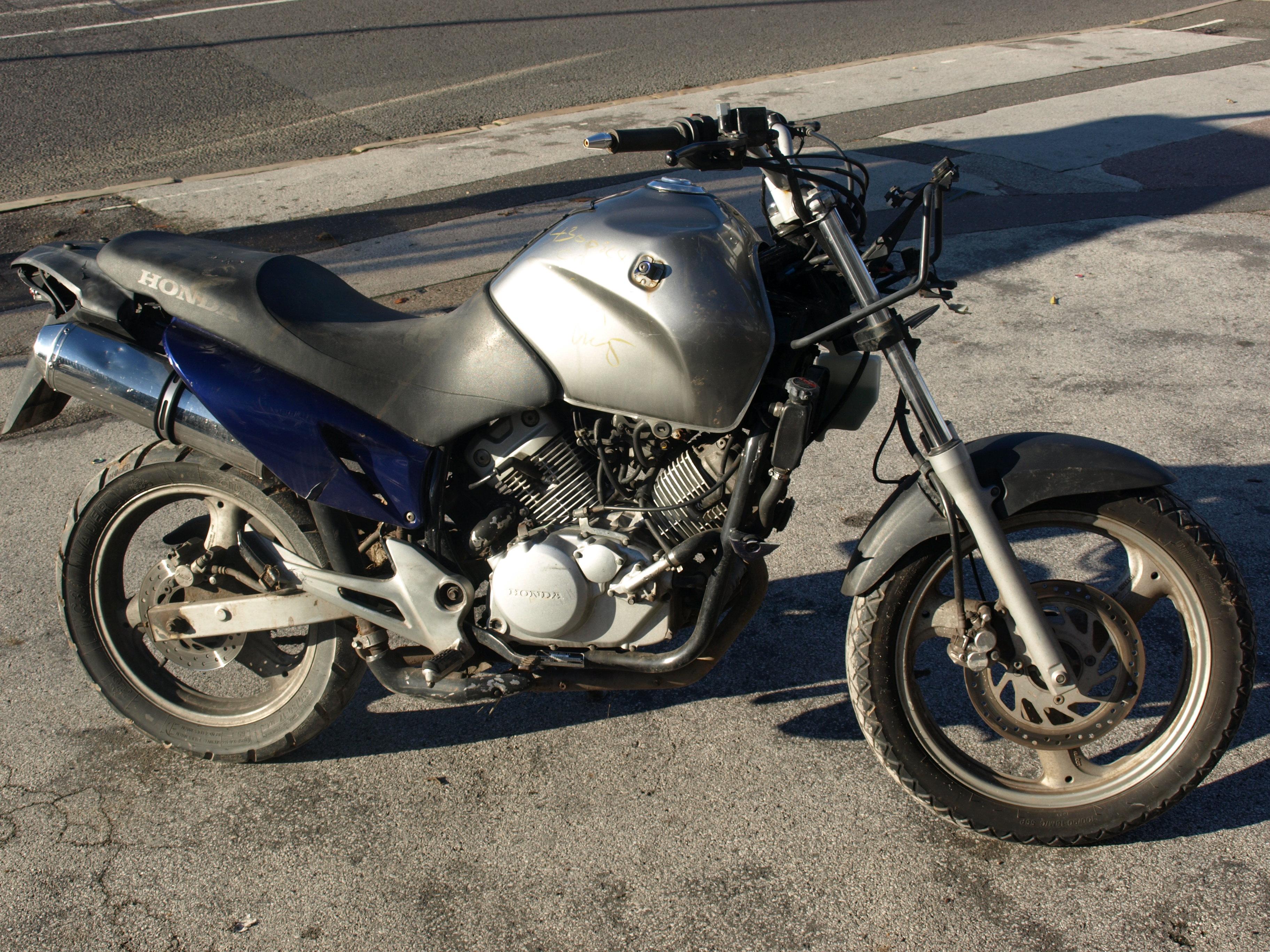 HONDA 125 VARADERO