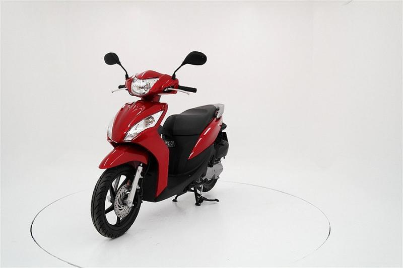 HONDA 50 ZOOMER red