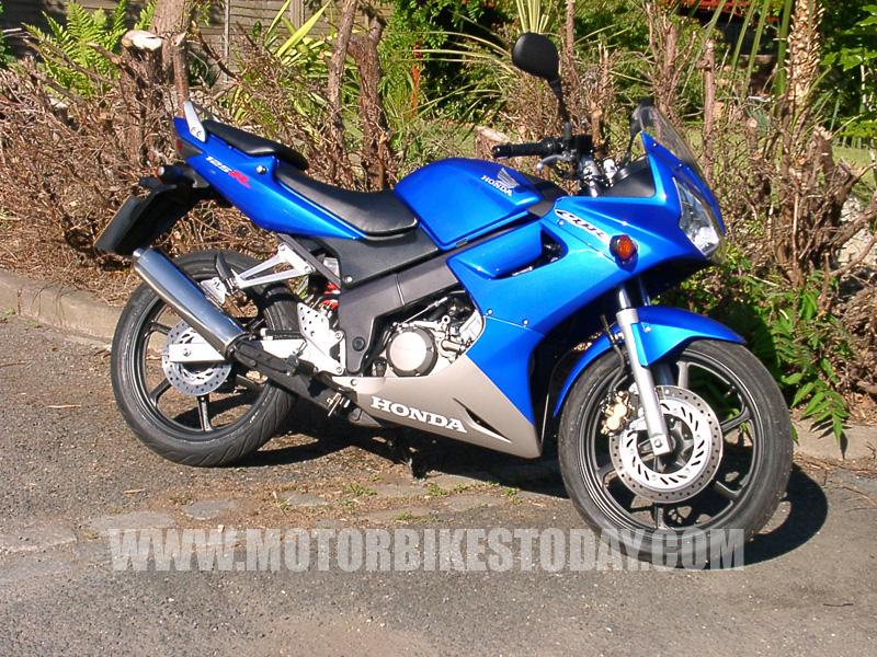 HONDA CBR125R blue
