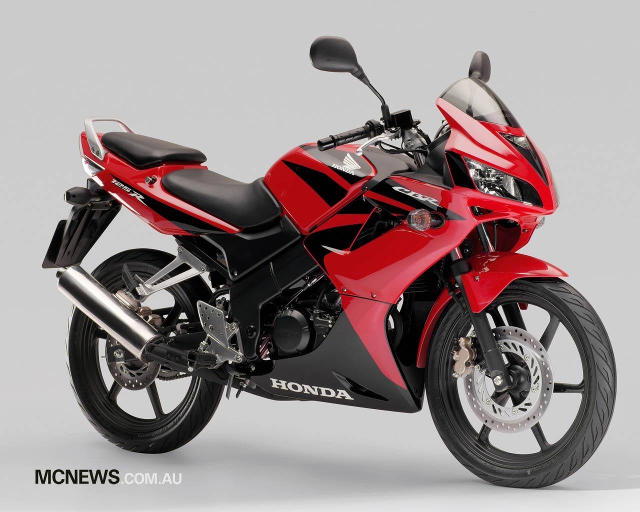 HONDA CBR125R red