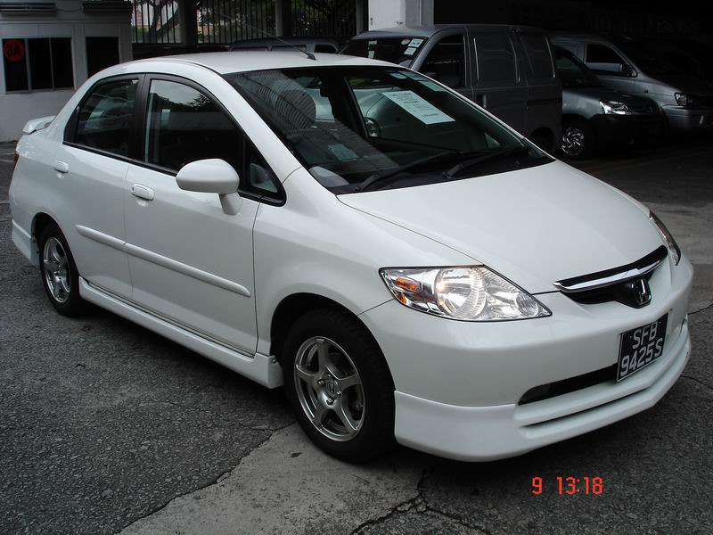 HONDA CITY white