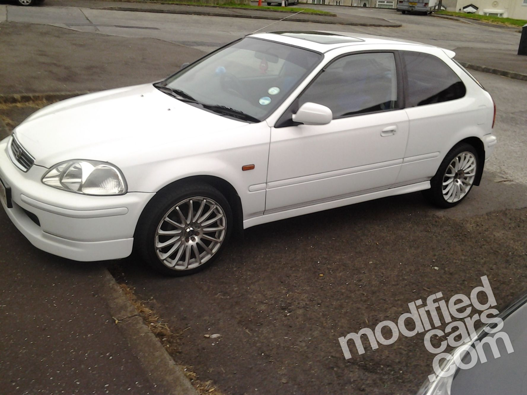 HONDA CIVIC 1.4 white