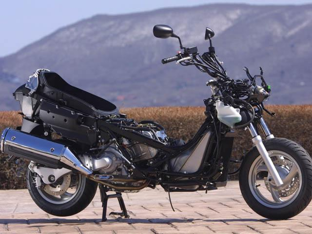 honda silver wing review and photos. Black Bedroom Furniture Sets. Home Design Ideas
