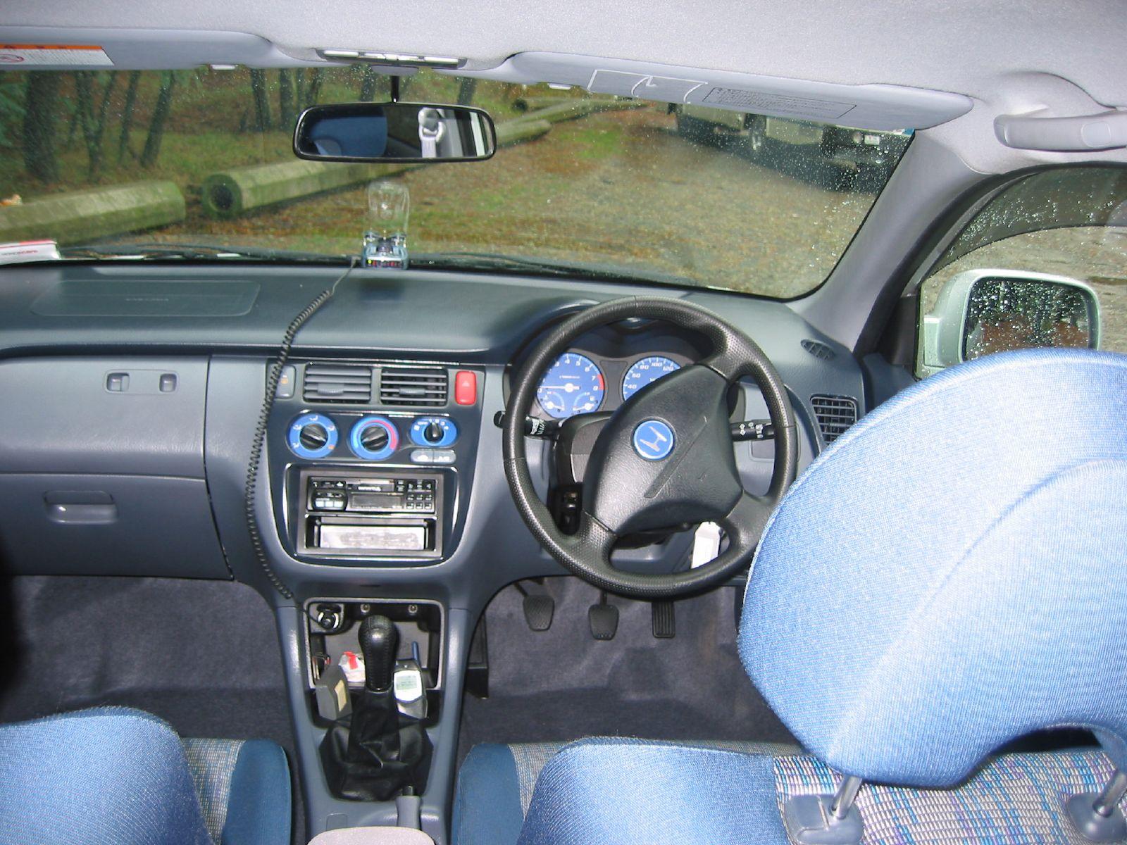 HONDA HR-V interior
