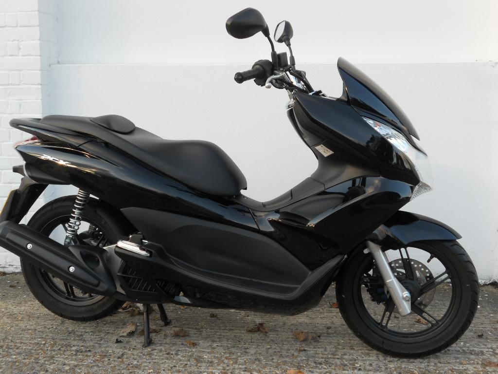 Honda Pcx Review And Photos