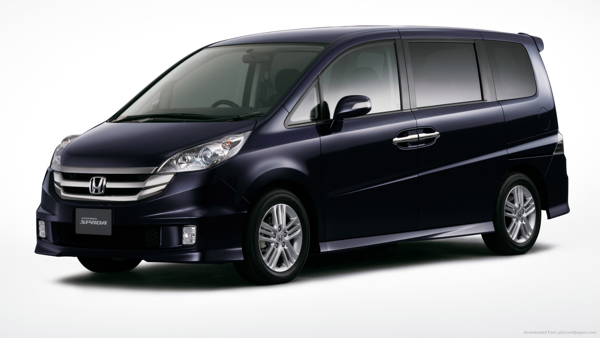 HONDA STEPWAGON black