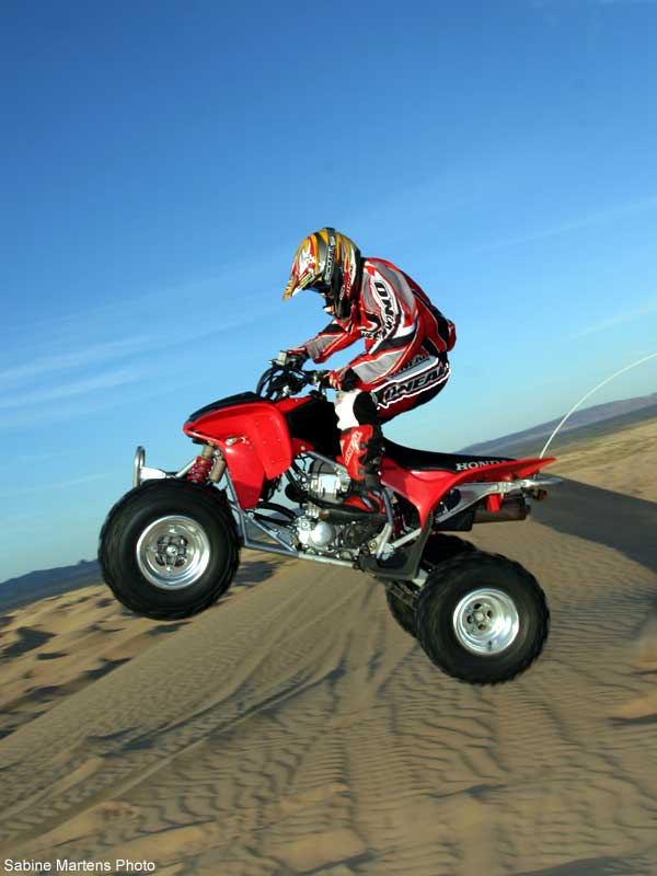 HONDA TRX450R red