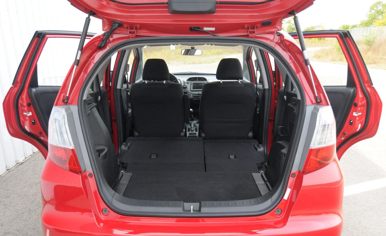 HONDA X4 interior