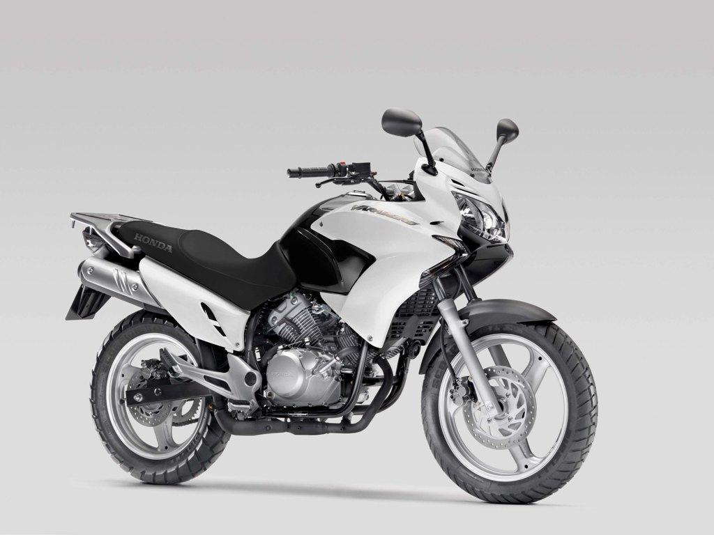 HONDA XL 125 white