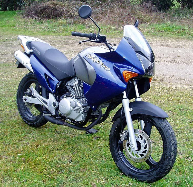 HONDA XL125V VARADERO blue