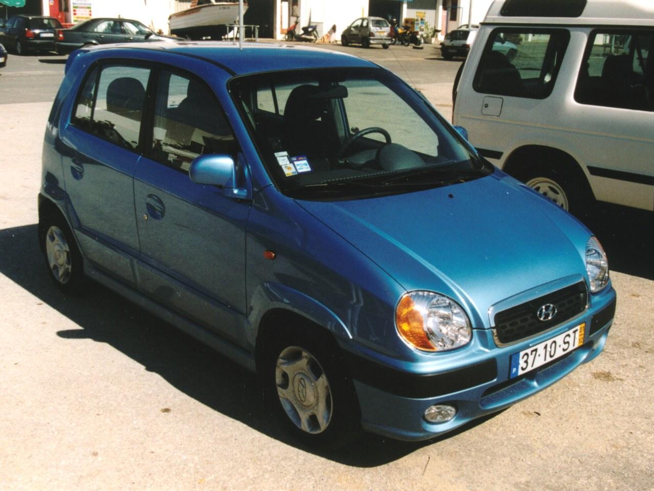 HYUNDAI ATOS blue