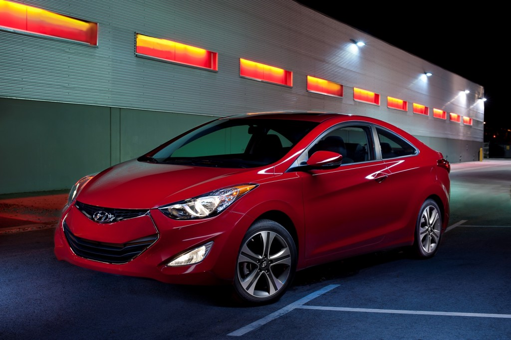 HYUNDAI CLICK red