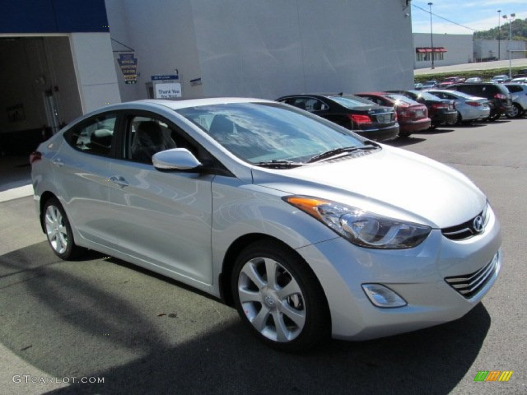 HYUNDAI ELANTRA AT silver
