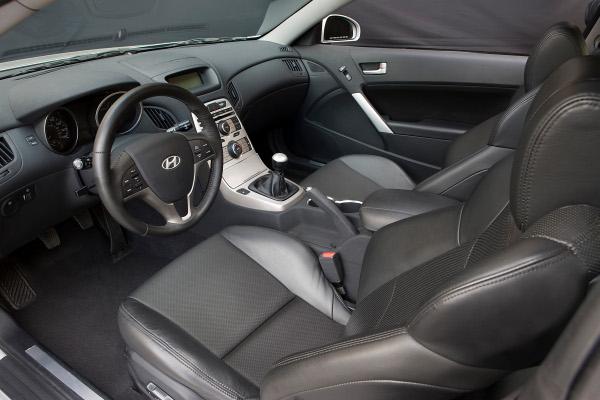 HYUNDAI GENESIS 2.0T interior