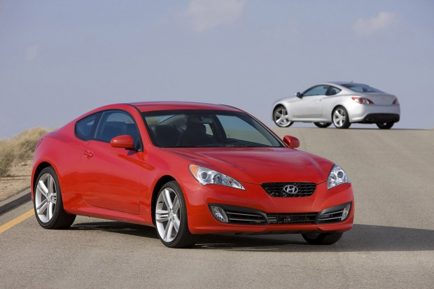HYUNDAI GENESIS COUPE brown