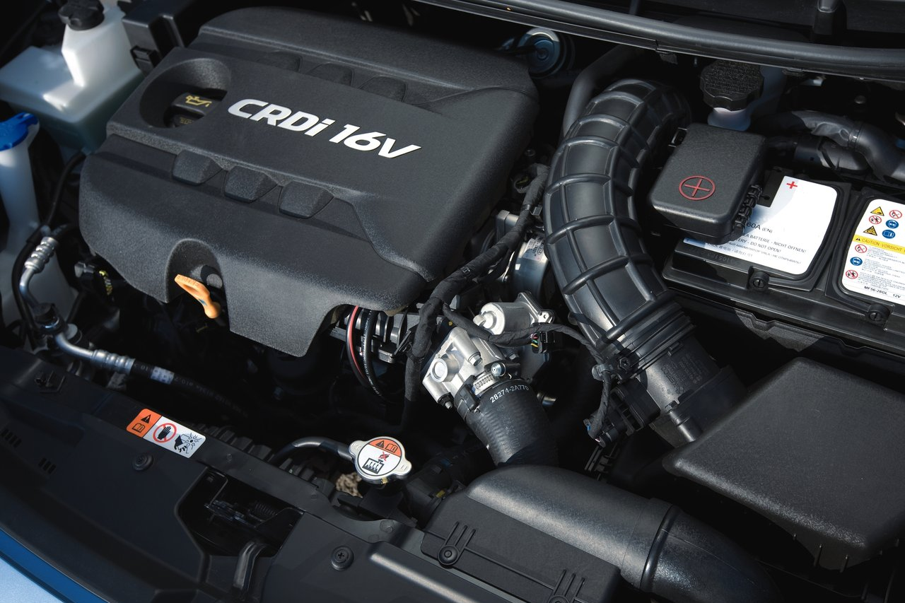 HYUNDAI I 30 engine