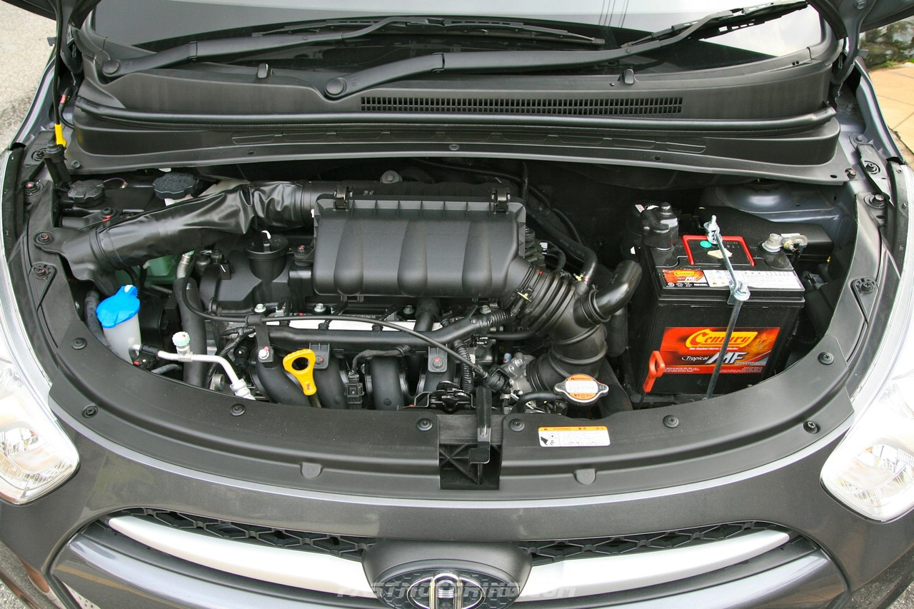 HYUNDAI I10 engine
