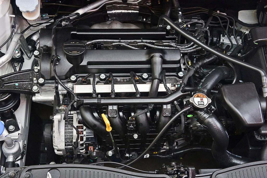 HYUNDAI I20 1.2 engine