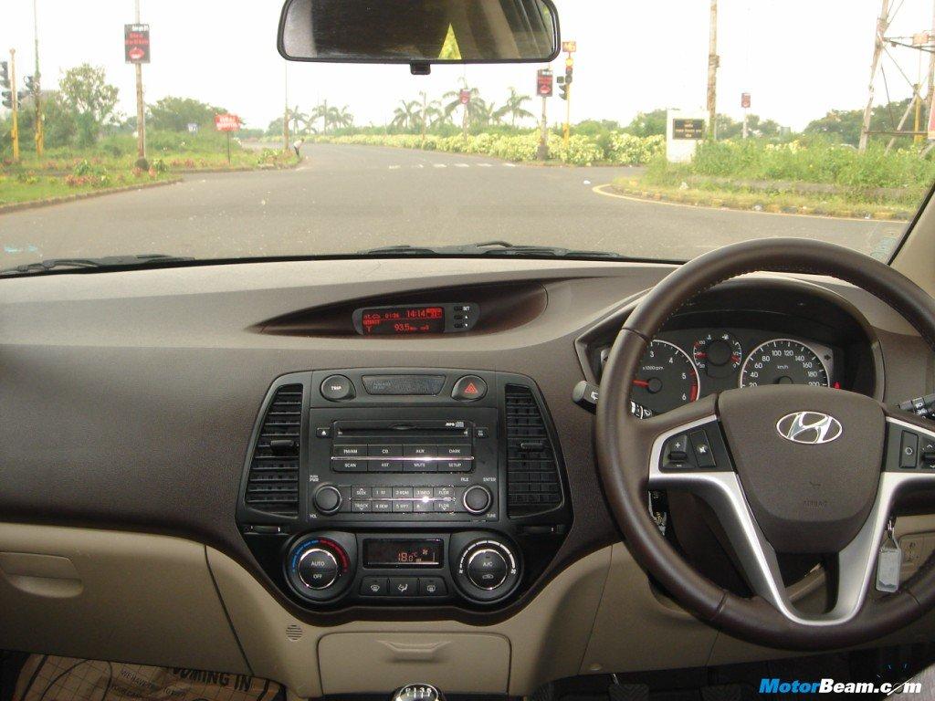 Hyundai i20 1 2 - Hyundai i20 interior ...