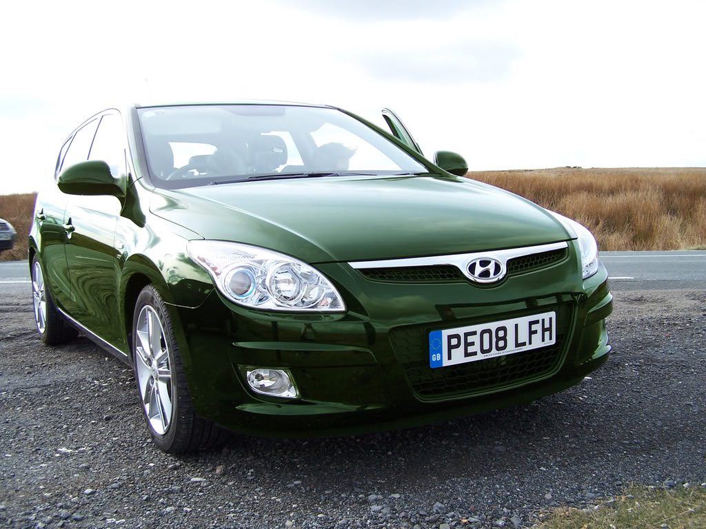 HYUNDAI I30 green